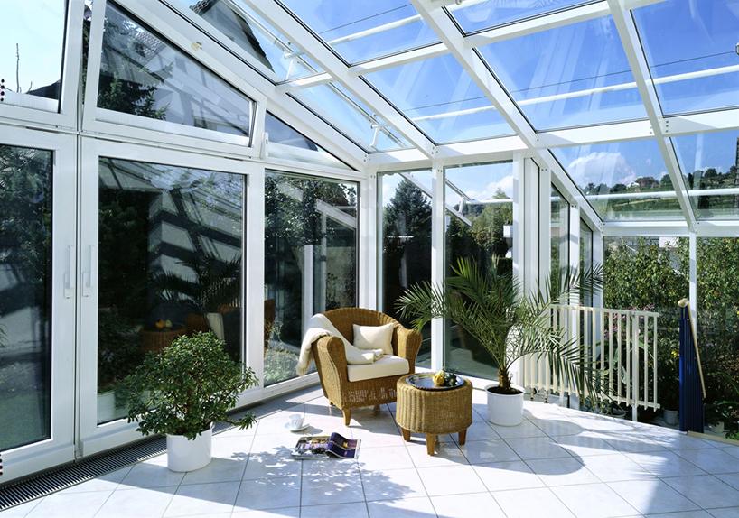 Веранда со стеклянным потолком