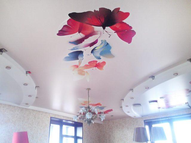 Фотография на тканевом натяжном потолке