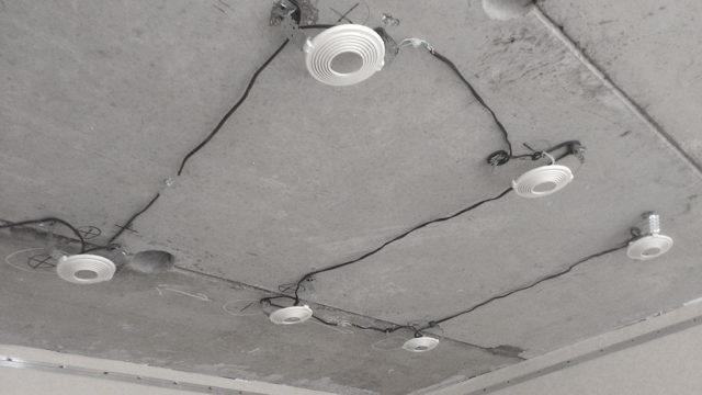 Разводка под точечные светильники