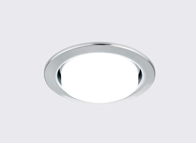 Светильник GX53 в потолке