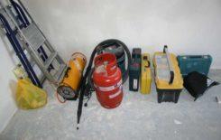 Список инструментов и оборудования для натяжных потолков