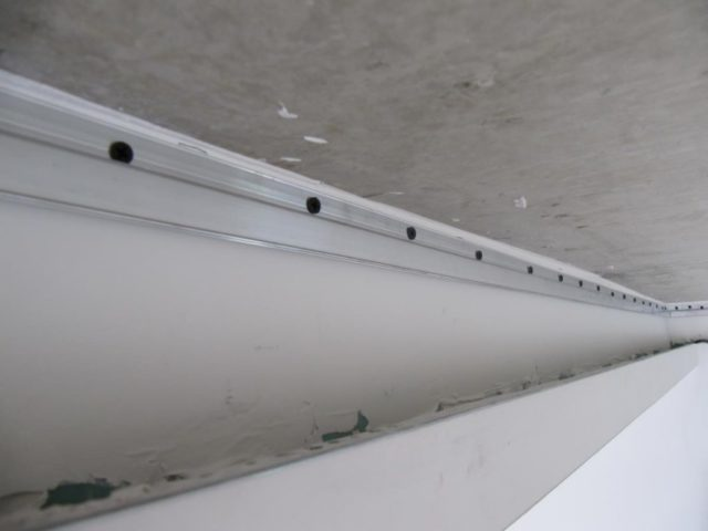 Каркас для натяжного потолка из алюминиевого профиля