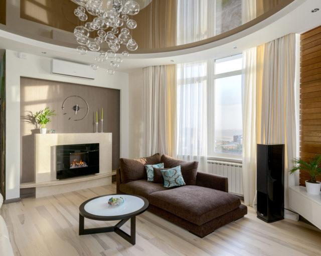 Двухуровневый потолок белый с коричневым