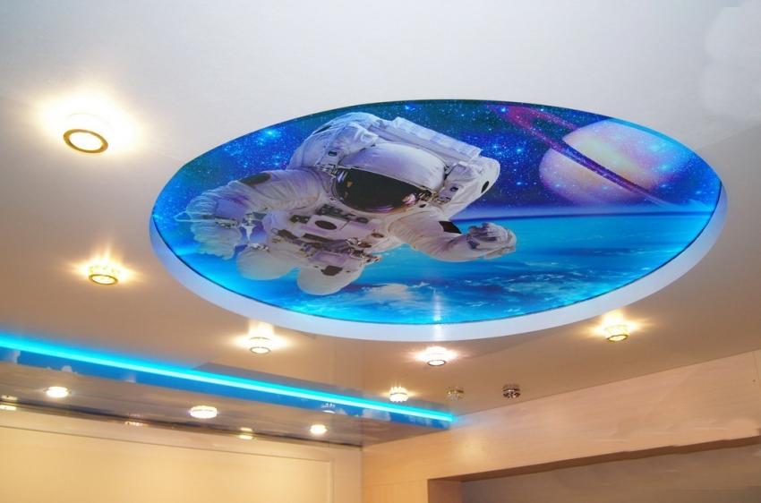 Фотопечать на двухуровневом потолке