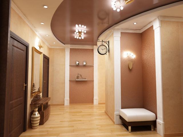 Коричневый с бежевым потолок в коридоре