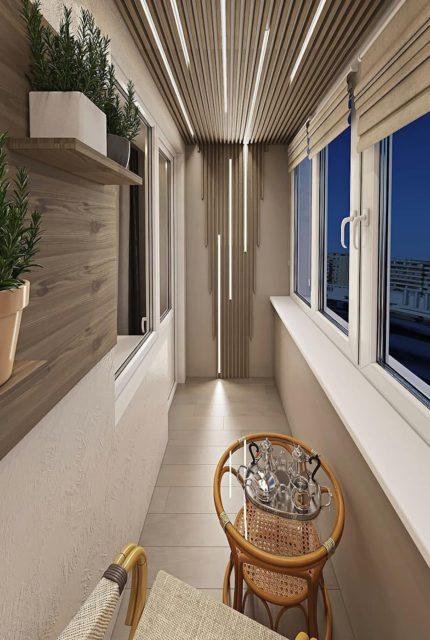 Реечный потолок с подсветкой