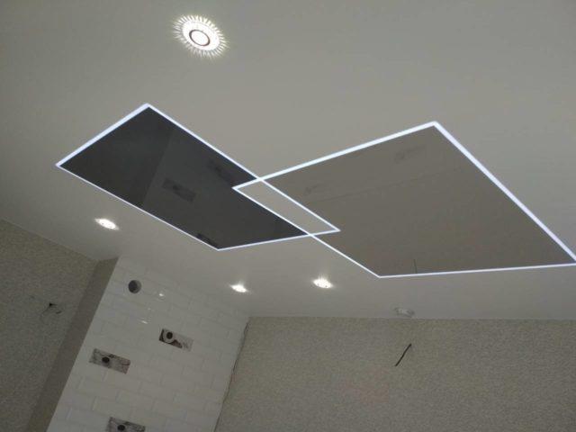 Парящие линии на двухцветном потолке