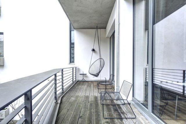 Потолок на открытом балконе