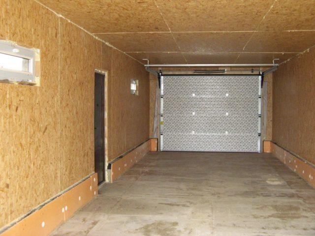 Отделка гаража ОСП-плитами