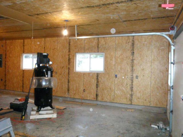 ОСП-плиты в гараже
