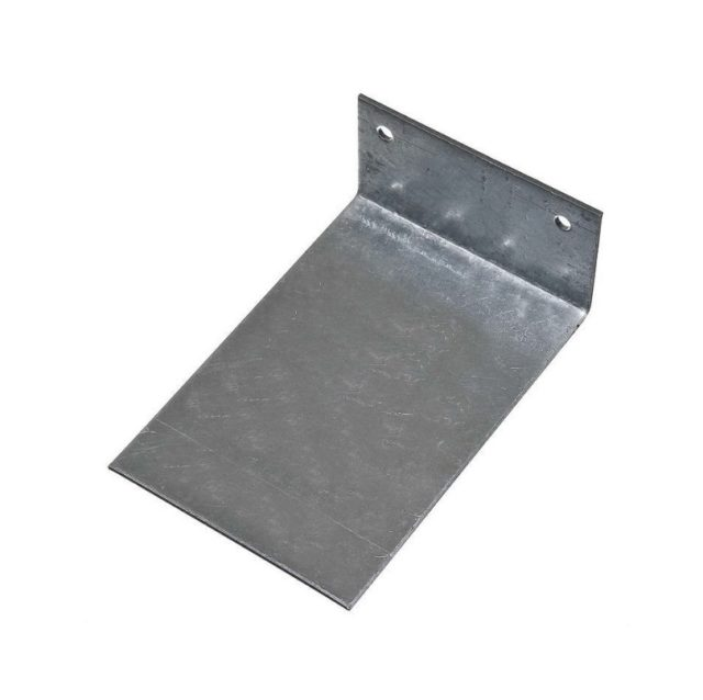Металлическая пластина с отверстиями