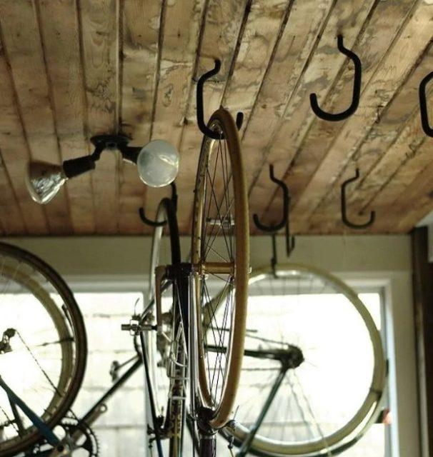 Велосипеды на крюках