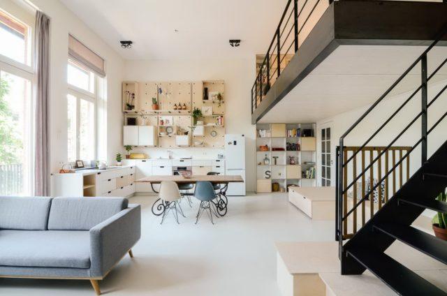 Дизайн интерьера с высокими потолками