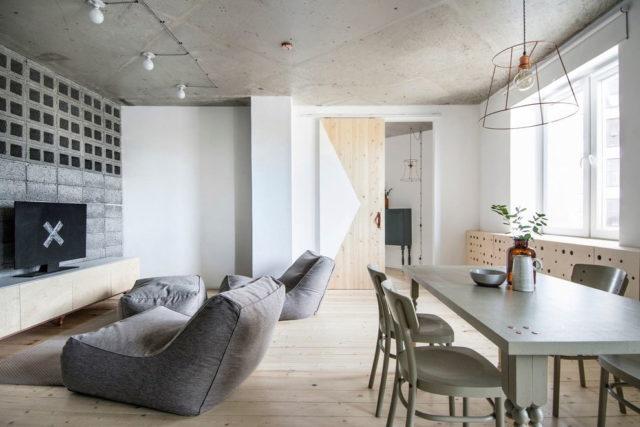 Голый бетонный потолок