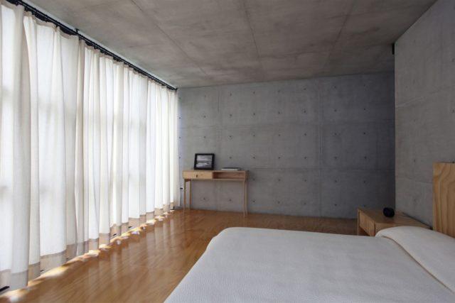 Декоративные бетонные плиты в отделке интерьера