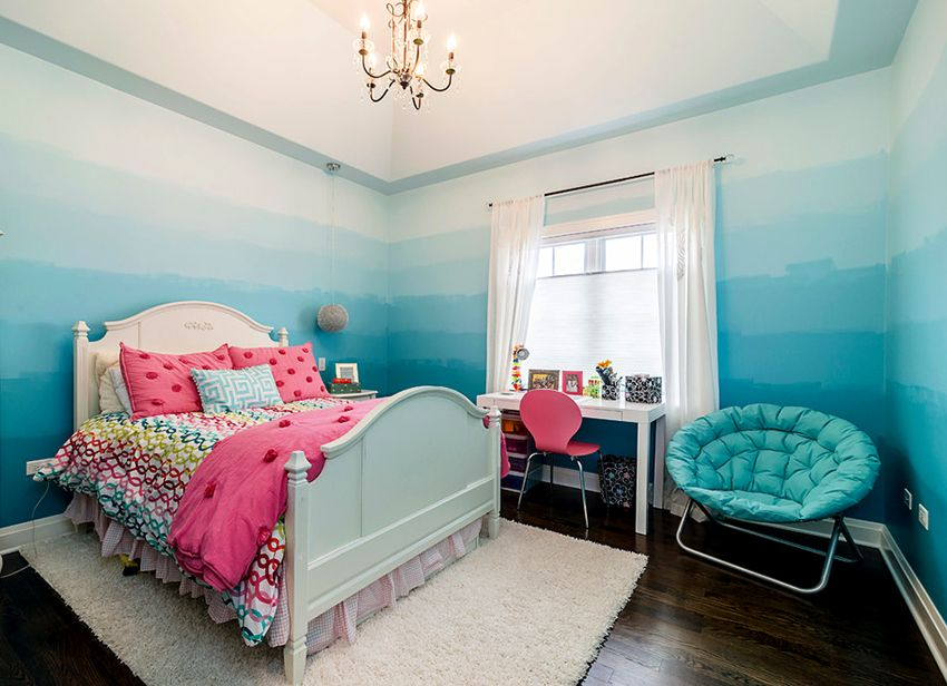 Градиент на стене спальни