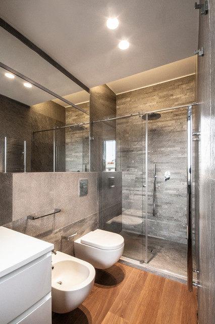 Встраиваемые точечные светильники в интерьере ванной