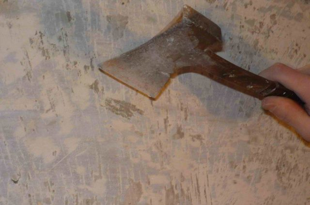 Удаление краски топором